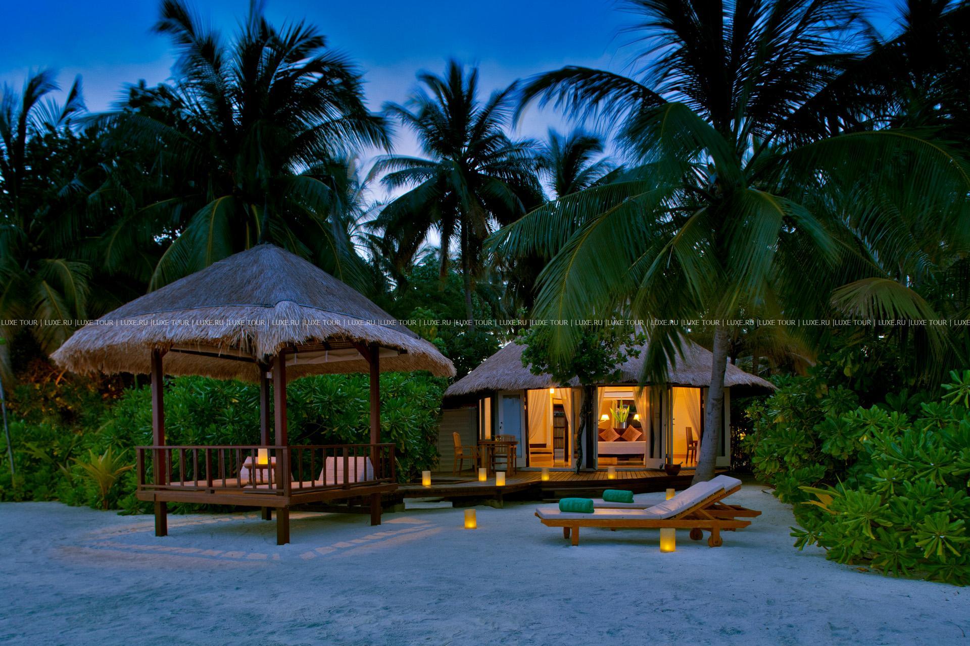 Vabbinfaru Island, Maldives  № 1471592  скачать