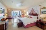 Luxury Dolphin Suite